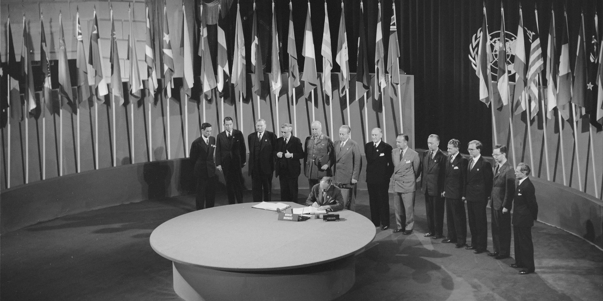 FN-pakten undertegnes