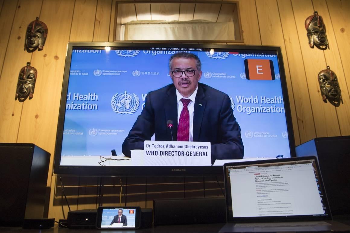 WHOs generaldirektør Tedros Adhanom Ghebreyesus under en briefing i april 2020