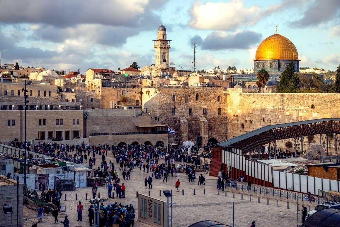Jerusalem er ett av flere stridsspørsmål i Israel-Palestina konflikten. Foto: Unsplash/Sander Crombach