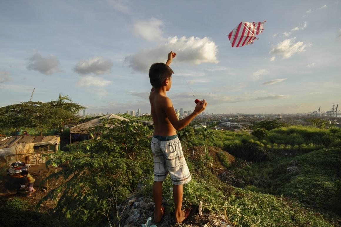 FNs bærekraftsmål er lansert for å stake ut en kurs for verdens utvikling. Her fra Smokey Mountain i Manilla i Filippinene, et område som tidligere var en søppelplass. Foto: Lester Ledesma/Den asiatiske utviklingsbanken