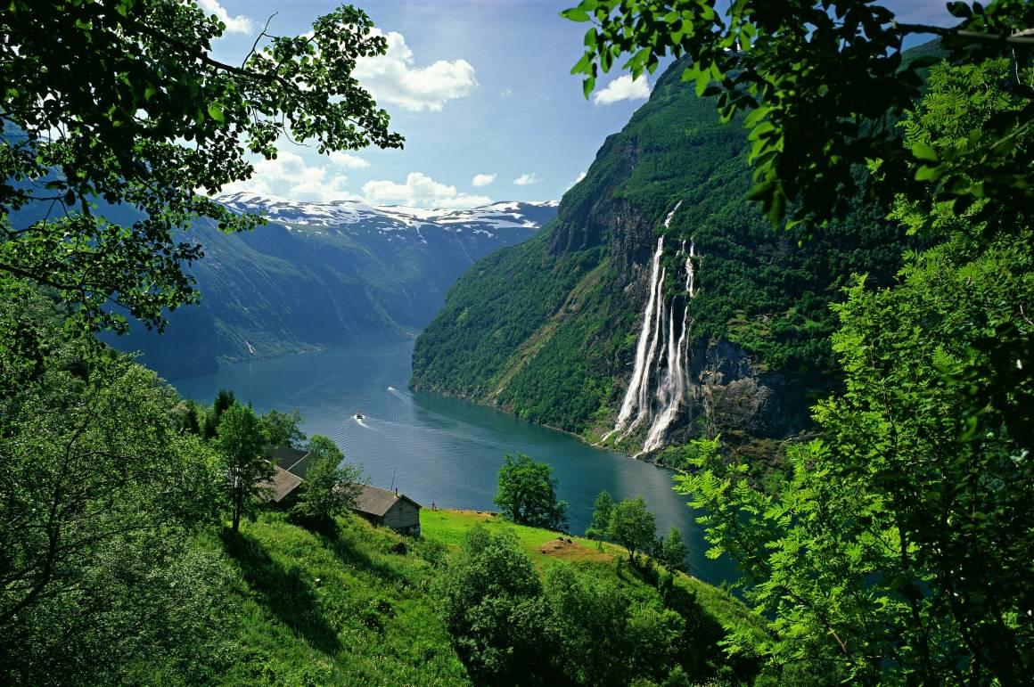 Geirangerfjorden er et av Norges åtte steder på UNESCOs liste over verdens kultur- og naturarv.