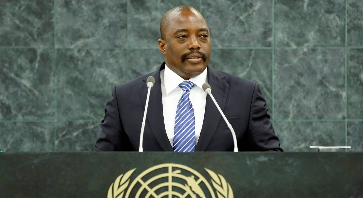 Bildet viser den tidligere presidenten iKongo, Joseph Kabila, taletil FNs generalforsamling i 2013. Foto: UN Photo/Ryan Brown.