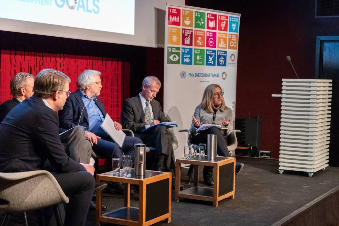 På FN-dagen 24. oktober inviterte FN-organisasjonene i Norge til debatt om hvordan verdenssamfunnet best jobber for en global plattform for migranter og flyktninger. Foto: FN-sambandet / Eivind Oskarson