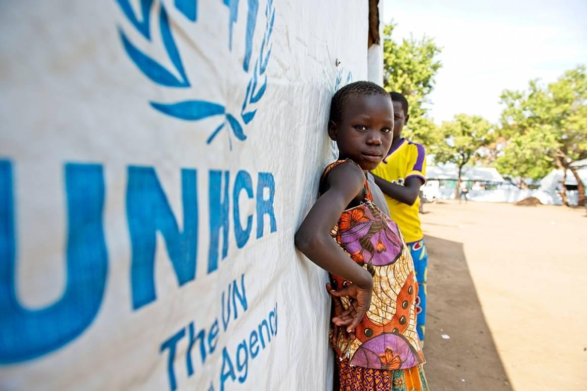 Dette bildet er fra en UNHCR-drevet flyktningleir i Uganda. Her bor det over 135.000 flyktninger fra Sør-Sudan. Foto: UN Photo/Mark Garten