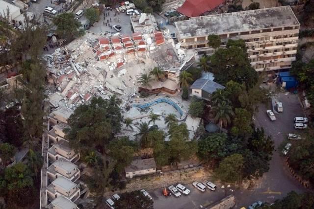 Et flyfoto av FNs hovedkvarter i Port-au-Prince etter jordskjelvet viser massive ødeleggelser. Bilde: UN Photo/Logan Abassi