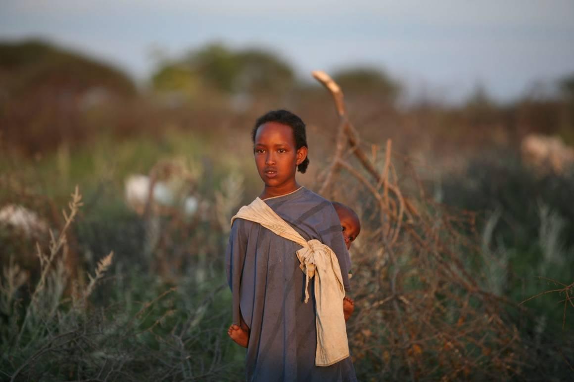 En ung somalisk jente som bor i en flyktningleir. UN Photo: Manoocher Deghati/IRIN