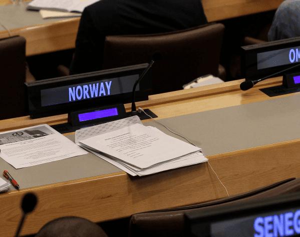 Tomt sete: Norges sete stod tomt under forhandlingene.