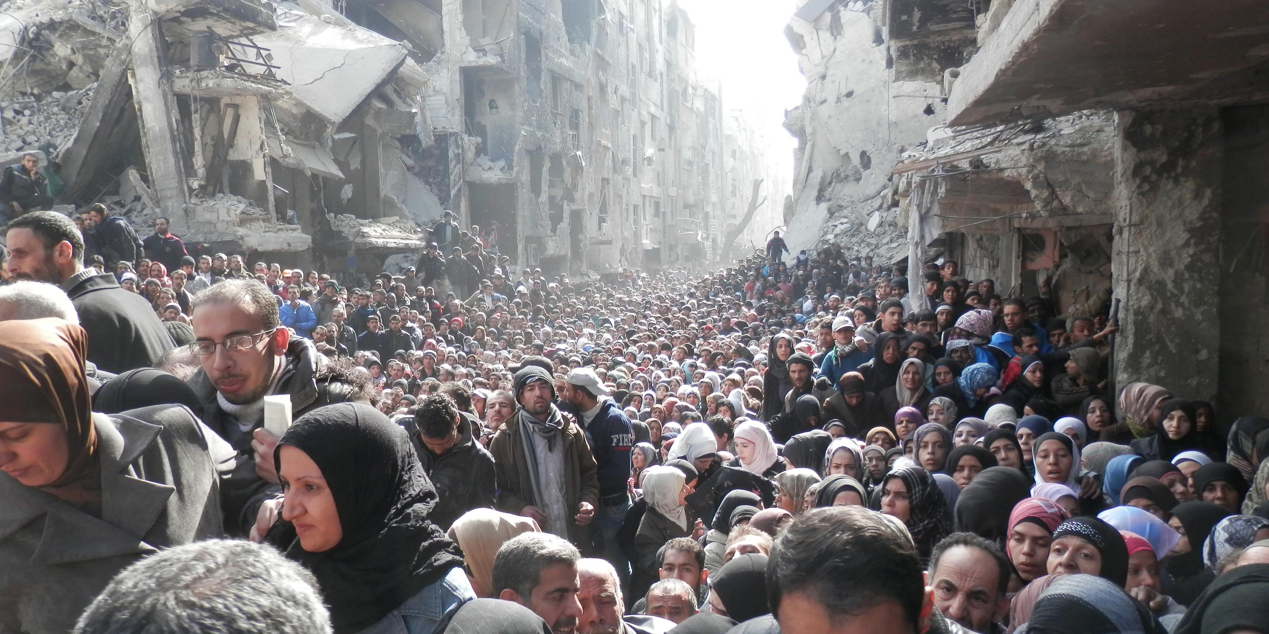 e1ab6bf0 I den palestinske flyktningleiren Yarmouk i Damaskus har tilgangen til mat  vært svært begrenset under krigen